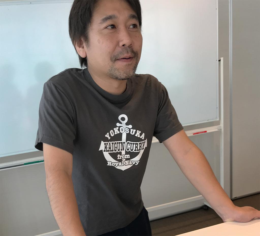 横須賀海軍カレーTシャツ